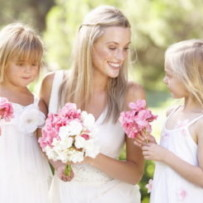 How To Keep Children Busy At Your Wedding: 5 Tips